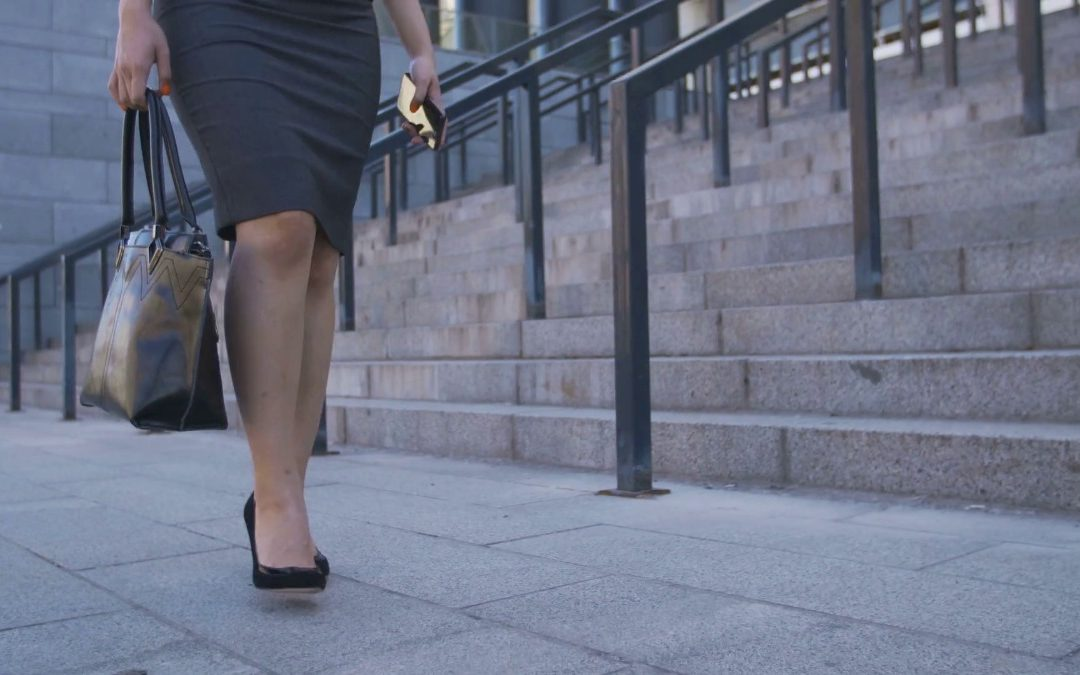 Potentially Life-Saving Safety Tips for Working Women on The Go